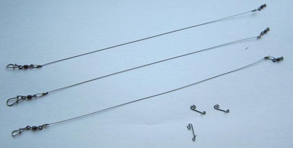 Самодельный поводок из струны.