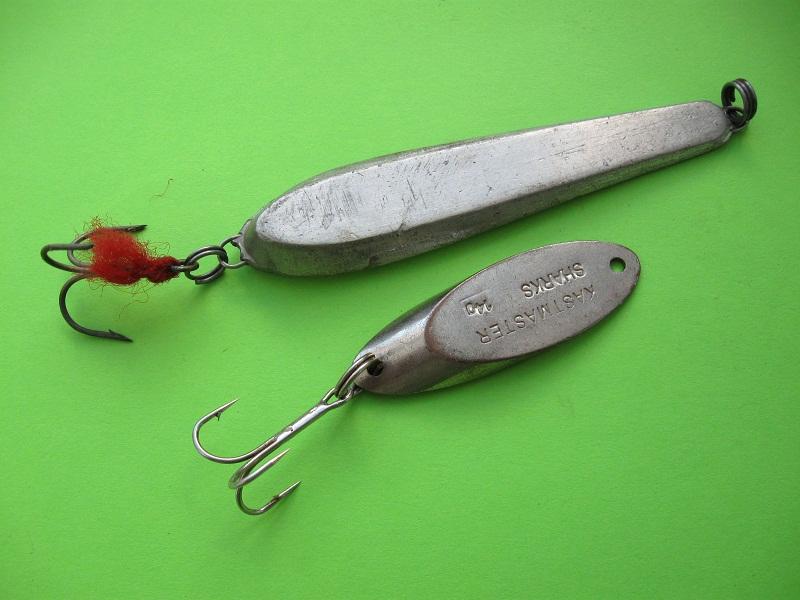 Кастмастеры часто используют для ловли в отвес.