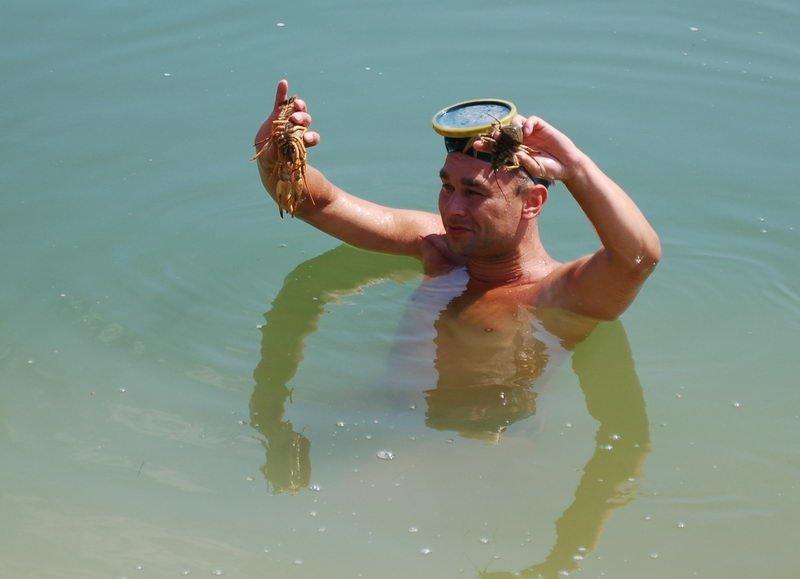 Если вода теплая, можно и понырять!