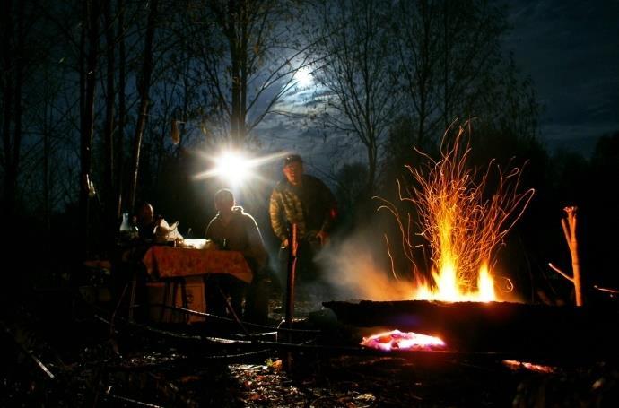 Ночная рыбалка на налима - романтика да и только!