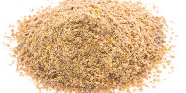 Панировочные сухари - основа многих прикормок.