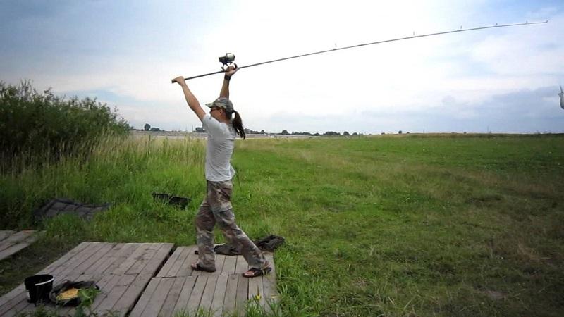 Спиннинговый заброс – особенности использования разных техник в зависимости от условий ловли