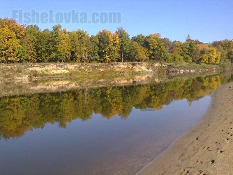 Одно из язевых мест на реке.
