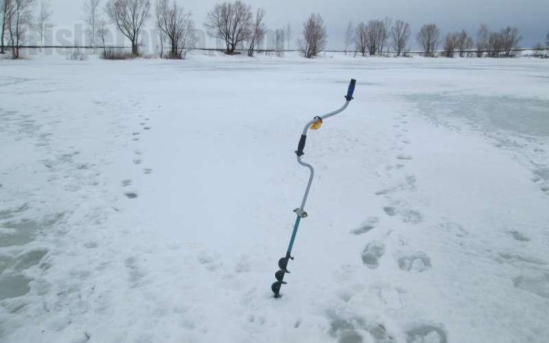 Первый этап: знакомство с зимней рыбалкой