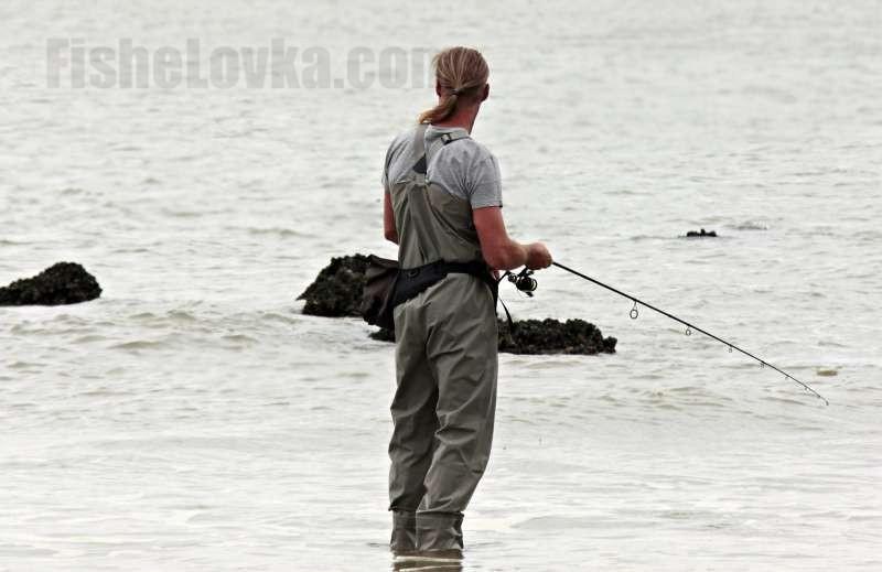 Морская береговая рыбалка.
