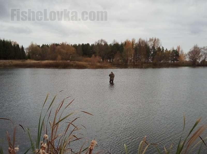 Современные вейдерсы позволяют заходить далеко в водоем.