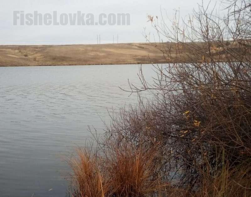 Осень на озере - пора охоты на щуку
