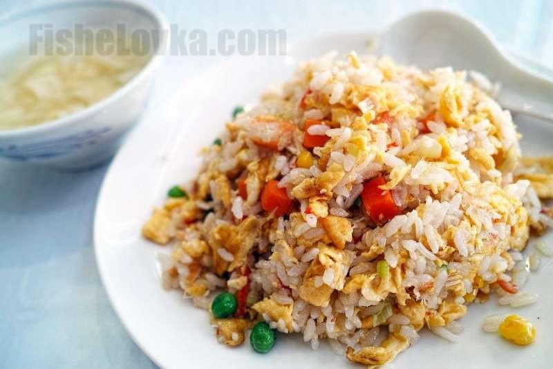 Для фаршировки рис можно соединить с овощами